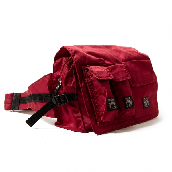 ジャンポールゴルチエJean Paul GAULTIER ポケットフラップナイロンボディーバッグ 赤